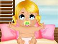 Маленький ребенок - игра на пляже