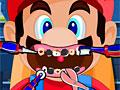 Марио лечит зубы