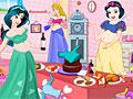 Принцессы Диснея: Беременные убирают комнату