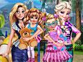 Принцессы Диснея на детской площадке