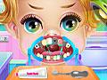 Маленькая принцесса у стоматолога