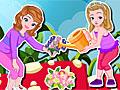 Принцесса София и Эмбер в саду