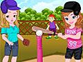 Принцесса София и Эмбер играют в бейсбол